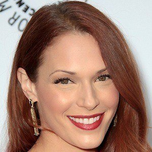 Amanda Righetti 2 of 9