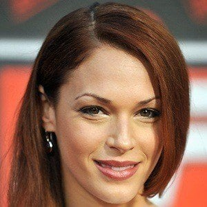Amanda Righetti 4 of 9