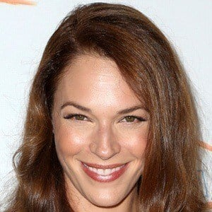 Amanda Righetti 6 of 9