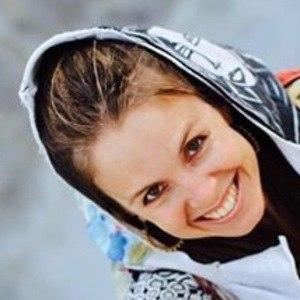 Amanda Sage 5 of 6