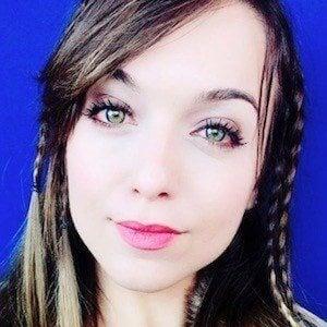 Amanda Tristao 9 of 10