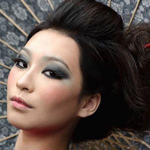 Amanda Zhou 2 of 5