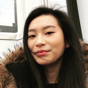 Amanda Zhou 3 of 5