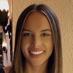 Amara Henderson Headshot 4 of 10