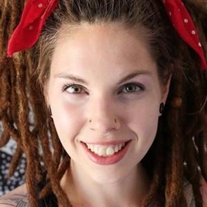 Amber Allen 6 of 8