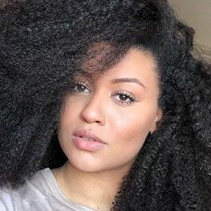 Amber Ansah Headshot 4 of 10