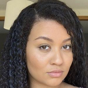 Amber Ansah Headshot 10 of 10
