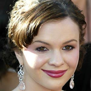 Amber Tamblyn 4 of 10