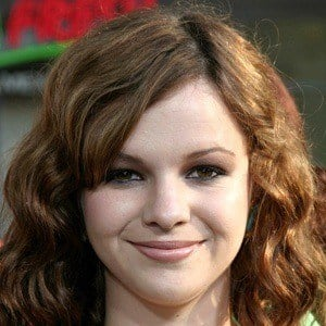 Amber Tamblyn 8 of 10