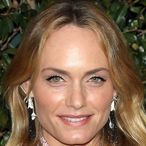 Amber Valletta 2 of 5