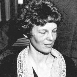 Amelia Earhart 2 of 5