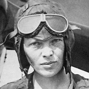 Amelia Earhart 4 of 5