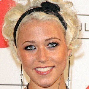 Amelia Lily 3 of 10