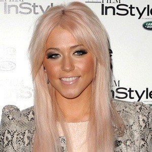 Amelia Lily 9 of 10