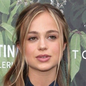Amelia Windsor 6 of 6