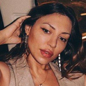 Amina Kadyrova 6 of 6