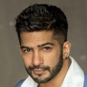 Amit Tandon 4 of 8