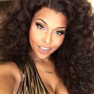 Amiyah Scott 2 of 5