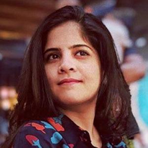 Amruta Deshmukh 3 of 5