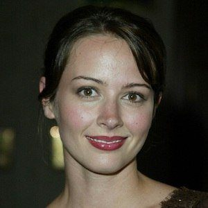 Amy Acker 7 of 10