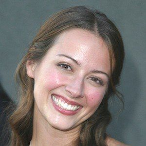 Amy Acker 9 of 10