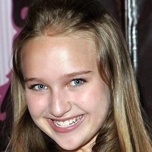 Amy Bruckner 4 of 5