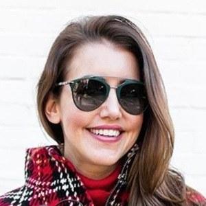 Amy Havins 3 of 6
