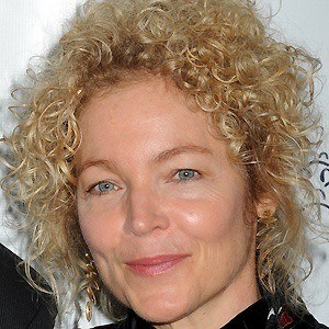 Amy Irving 2 of 4