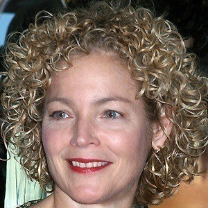 Amy Irving 3 of 4