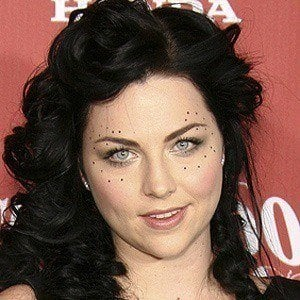 Amy Lee 4 of 10