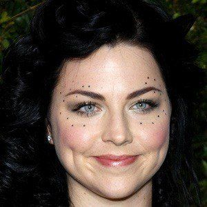 Amy Lee 5 of 10
