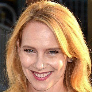 Amy Ryan 2 of 10