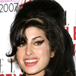 Amy Winehouse 2 of 10