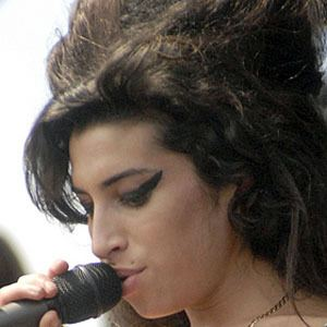 Amy Winehouse 10 of 10