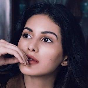 Amyra Dastur 2 of 6