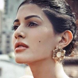 Amyra Dastur 5 of 6
