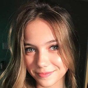Ana Alice Rio 5 of 5