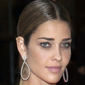 Ana Beatriz Barros 2 of 5