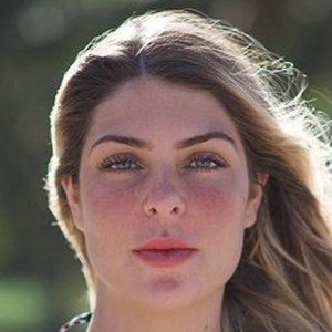 Ana Bruna Headshot 2 of 10