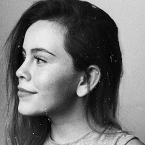 Ana Paula De León 2 of 6