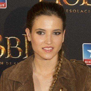 Ana Fernández 3 of 4