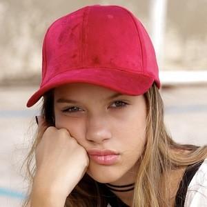 Ana Tereza Rio Headshot 2 of 10