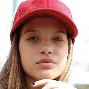 Ana Tereza Rio Headshot 6 of 10