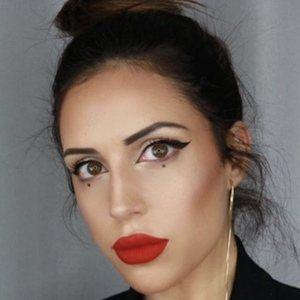 Anabel Dominguez 8 of 10