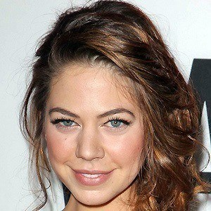 Analeigh Tipton 2 of 10