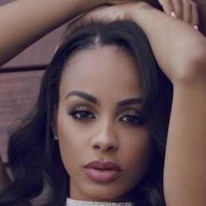 Analicia Chaves 6 of 10