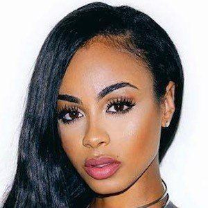 Analicia Chaves earned a  million dollar salary, leaving the net worth at 2 million in 2017