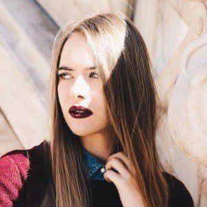Anastasia Tsilimpiou 6 of 10