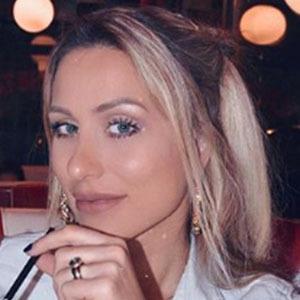 Anastasija Djuric 4 of 6