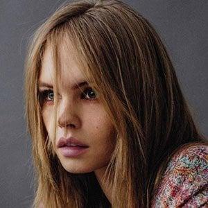 Anastasiya Scheglova 5 of 5